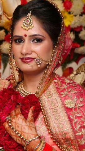 beauty parlour for reception makeup
