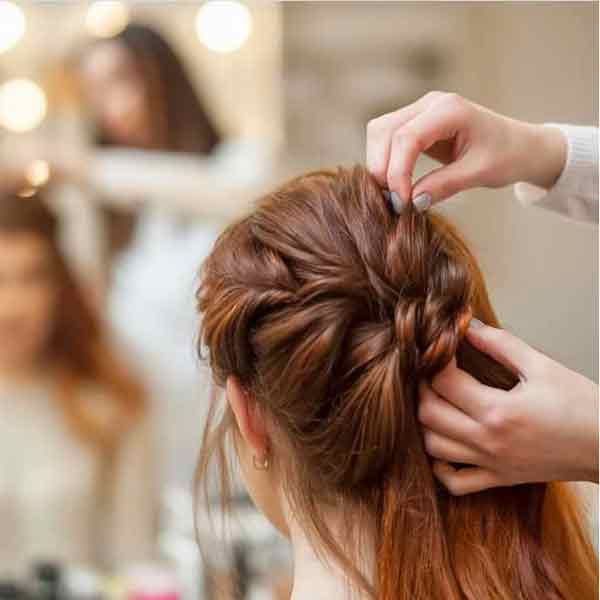 haircut and styling in aliganj